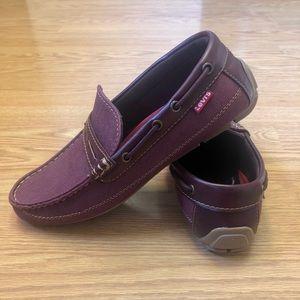Levi's men's size 9.5 Burgundy Slip On loafers